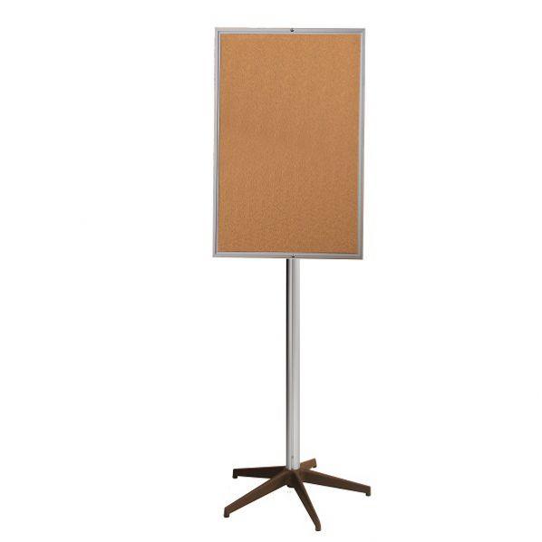 panneau d 39 affichage sur pied central fond li ge ou laqu rolleco. Black Bedroom Furniture Sets. Home Design Ideas