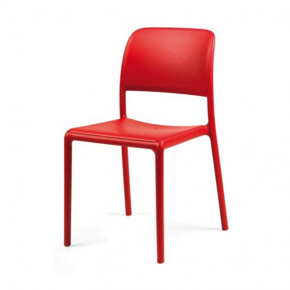 chaise basse de caf t ria roll co. Black Bedroom Furniture Sets. Home Design Ideas