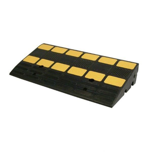 Rampe d'accès avec passes câbles 30 et 35mm