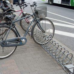 Râtelier au sol pour 10 vélos