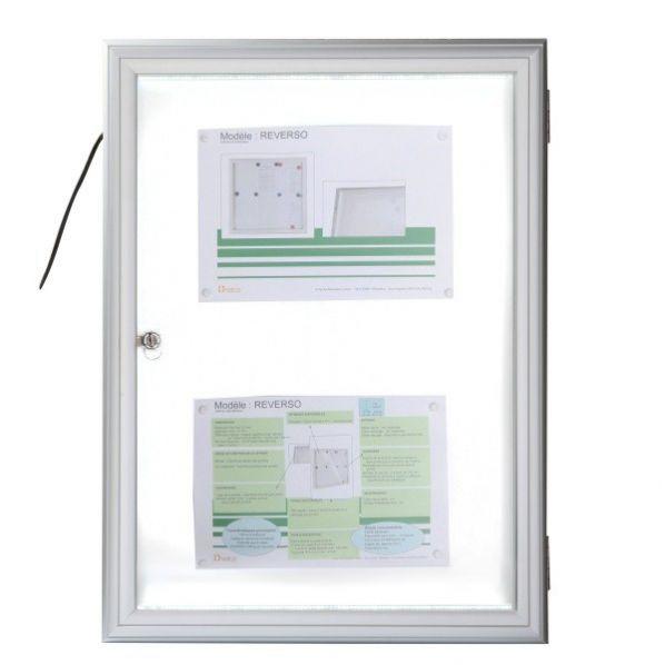vitrine d 39 ext rieur fine clair e vitre plexiglas roll. Black Bedroom Furniture Sets. Home Design Ideas