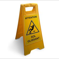 Chevalet attention sol glissant | Fond jaune
