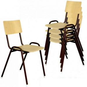 Chaise en bois empilable avec dossier