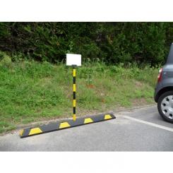 Poteau d'information avec panneau pour butée de parking